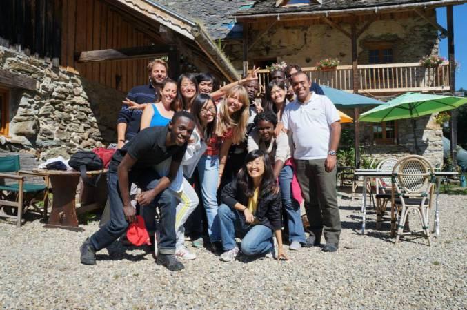 Les étudiants de l'ESJ Lille avec leur formateur le journaliste Raphaël Krafft